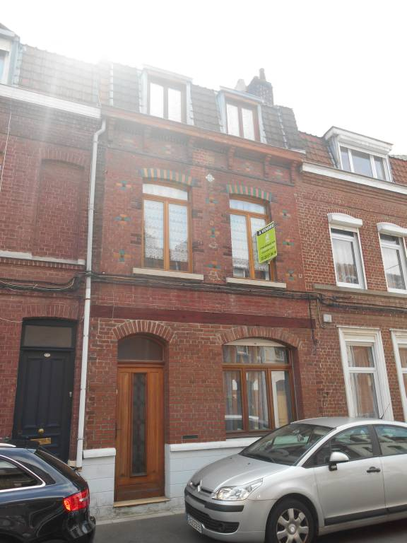 Maison vendre lille 279 900 droit immobilier lille for Garage saint eloy lille